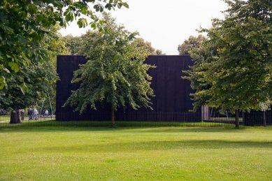 Serpentine Gallery Pavilion 2011 - foto: Martin Krcha, 2011