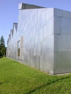 Museum Liner - foto: Petr Šmídek, 2002