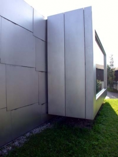 Museum Liner - foto: Petr Hampl, 2002