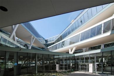 Actelion Business Center - foto: Petr Šmídek, 2011