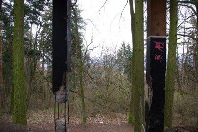 Obnova lesoparku v Novém Lískovci v Brně - Pohled od rozhledny - stav před obnovou - foto: Marek Jan Štěpán