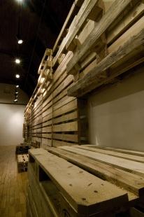 Instalace výstavy Současný český industriál - foto: AI photography