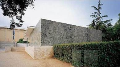 Pavilon Barcelona - foto: Lukáš Posolda, 2004