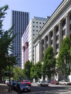 Portland Building - foto: Petr Šmídek, 2001