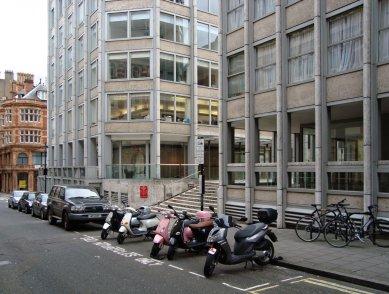 Economist Building - foto: Rasťo Udžan, 2009