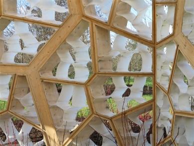 Times Eureka Pavilion - foto: Petr Šmídek, 2012
