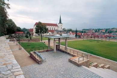 Klášterní zahrady v Litomyšli - rok 2001