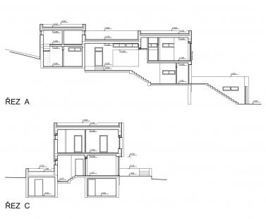 Rodinný dům ve svahu - Řezy