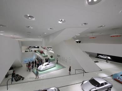 Porsche Museum - foto: © Jaroslav Mareš   Hivision.cz