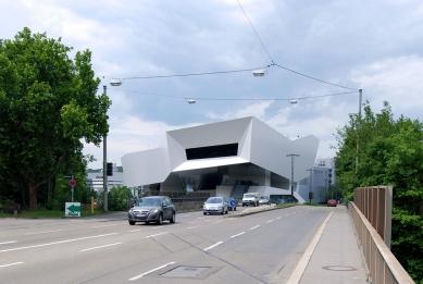 Porsche Museum - foto: Petr Šmídek, 2011