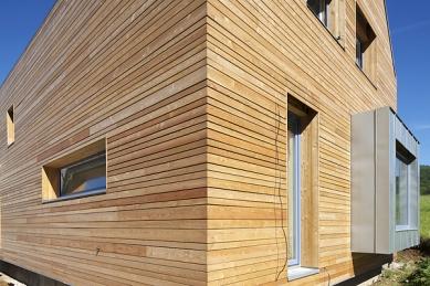 Dům s arkýřovým oknem - foto: Aleš Jungmann