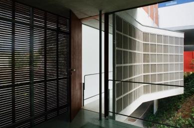 Dům v Rio de Janeiro - foto: Nelson Kon