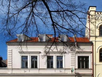 Rekonstrukce bytového domu v Litomyšli - foto: Nikola Tláskalová