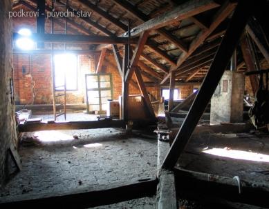 Rekonstrukce bytového domu v Litomyšli - Původní stav podkroví
