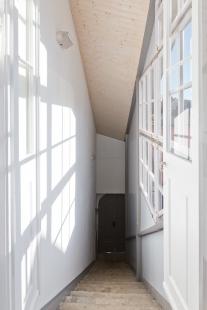 Rekonstrukce bytového domu v Litomyšli - Pavlač - foto: Nikola Tláskalová