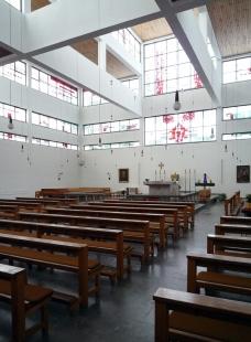 Farní kostel sv. Bonifacia - foto: Karolina Kripnerová, 2012
