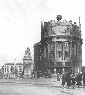 Palác Urania - Historický snímek - foto: archiv redakce