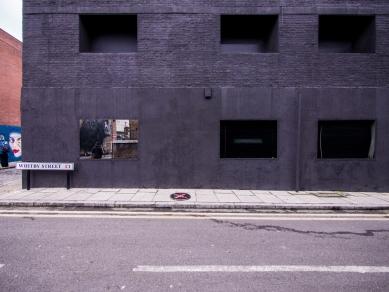 Dirty House  - foto: © Jaroslav Mareš | Hivision.cz