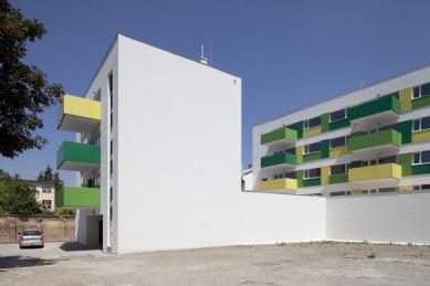Bytový dům Prostějov 02 - foto: Tomáš Rasl