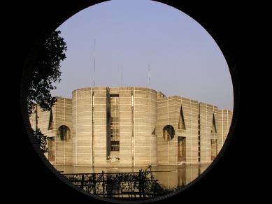 National Assembly in Dhaka - foto: Ondřej Pleštil, 2012