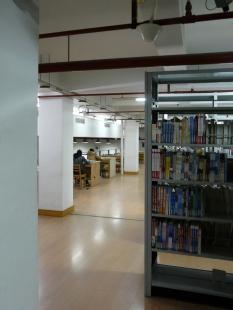 Library of Wenzheng College at the Suzhou University - foto: Vít Podráský
