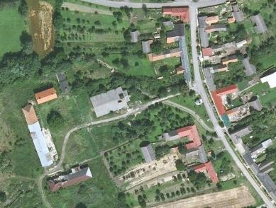 Guest Facilities for a Biotope at Honětice - Letecký snímek z roku 2010 - foto: archiv autorů