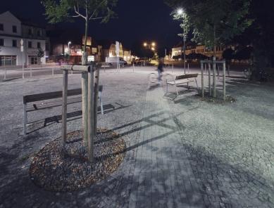 Mírové náměstí v Dobříši - západní etapa - foto: Pavel Nosál
