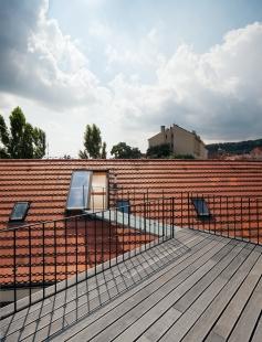 Rekonstrukce domu v Letenské ulici - foto: Tomáš Souček