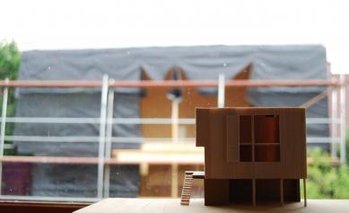 Ateliér a rezidenční centrum C - Z průběhu výstavby - foto: Sráč Sam