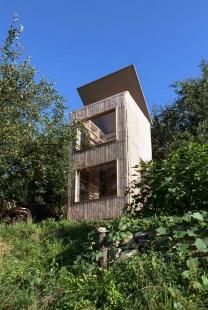 Knihovna v zahradě - foto: Barbora Kuklíková