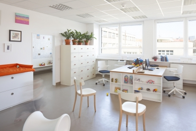 Interiér soukromé ordinace a čekárny dětského doktora - foto: Tomáš Balej