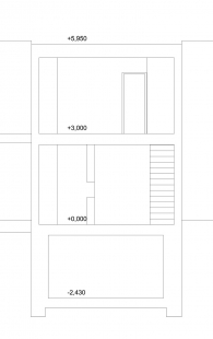 Řadový rodinný dům - Příčný řez - foto: ROHÁČ STRATIL - Architektonický ateliér