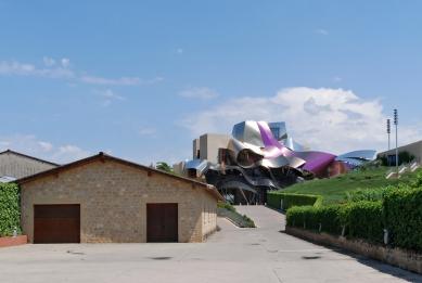 Vinařství a hotel Marqués de Riscal - foto: Petr Šmídek, 2011