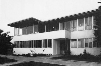Vlastní dům Richarda Neutry s ateliérem - Historický snímek I. etapy