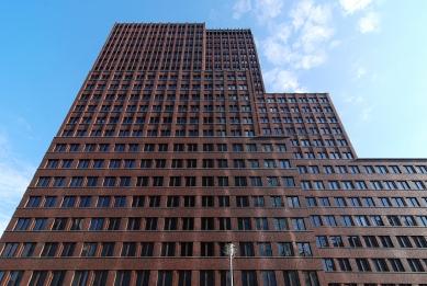 DaimlerChrysler Highrise Building - foto: Petr Šmídek, 2008