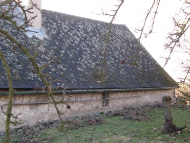 Rodinný dům Košťálov - Kontext