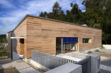 Rodinný dům s ordinací - foto: Aleš Jungmann
