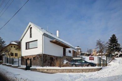 Přestavba bývalého obecního úřadu na rekreační bydlení - foto: Andrea Lhotáková