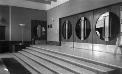 Divadelní klub Scapino / Městské divadlo Kolín - Původní podoba vstupního foyer - foto: Jiří Hilmera
