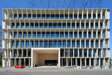 Laboratorní budova ETH e-Science Lab - foto: Petr Šmídek, 2015
