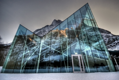 Návštěvnické centrum Stěny Trollů - foto: Dag Terje Alnes