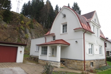 Nástavba rodinného domu v ulici Horská - Původní stav