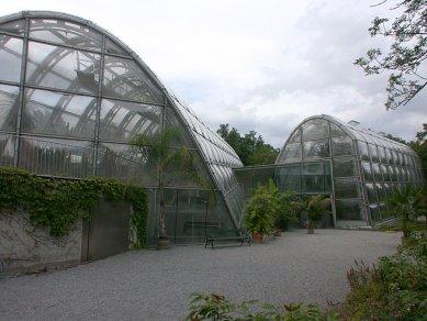 Skleník botanické fakulty univerzity ve Štýrském Hradci - foto: Petr Šmídek, 2006