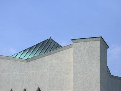 Krematorium, Vídeň - foto: Petr Šmídek, 2005