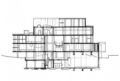 Carpenterovo centrum pro vizuální umění  - Řez A