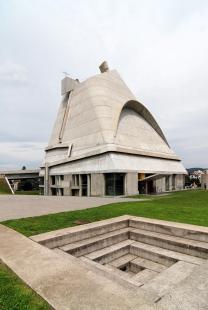 Kostel svatého Petra ve Firmini - foto: Petr Šmídek, 2011