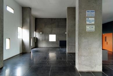 Unité d'Habitation Firmini - foto: Petr Šmídek, 2011