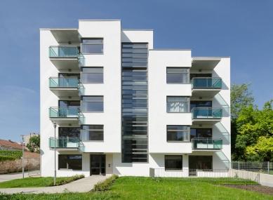 Bytový dům Kadetka - foto: Bořivoj Čapák
