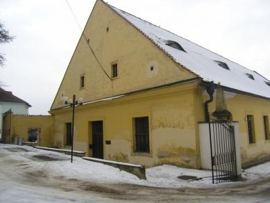 Jízdárna - multifunkční sál v Litomyšli - Stav před rekonstrukcí - foto: archiv HŠH architekti
