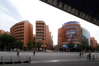 Postupimské náměstí - foto: Petr Šmídek, 2008